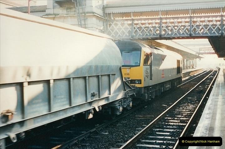 1995-12-09 Exeter St. Davids, Exeter, Devon (26)0330