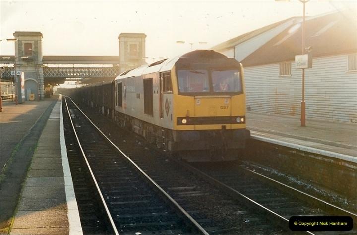 1995-12-09 Exeter St. Davids, Exeter, Devon (37)0341