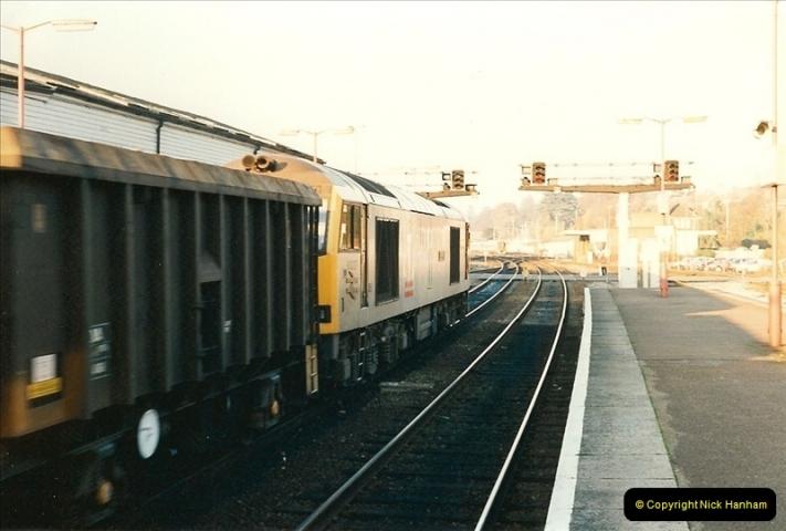 1995-12-09 Exeter St. Davids, Exeter, Devon (38)0342