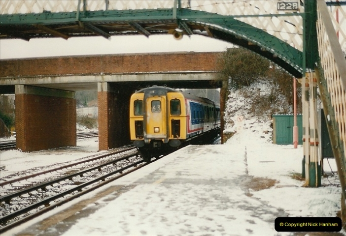 1996-02-20 Hook, Hampshire.  (2)0354