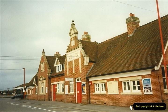 1996-04-18 Wareham, Dorset.  (8)0377