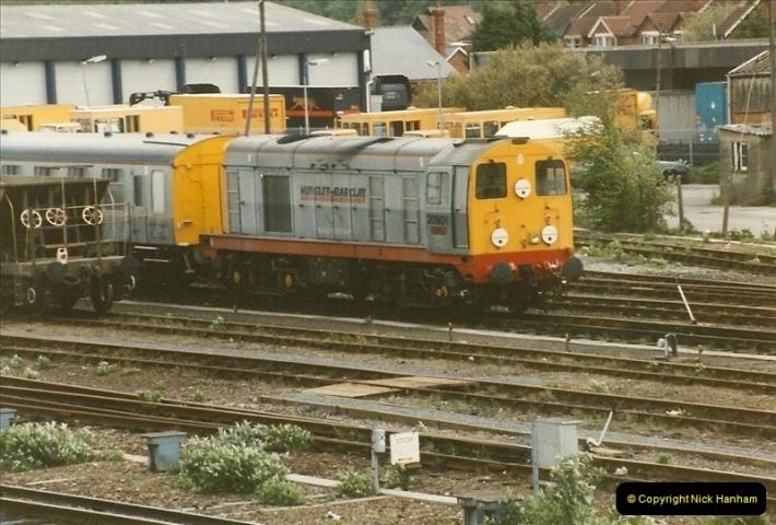 1996-05-19 Eastleigh, Hampshire.  (2)0402