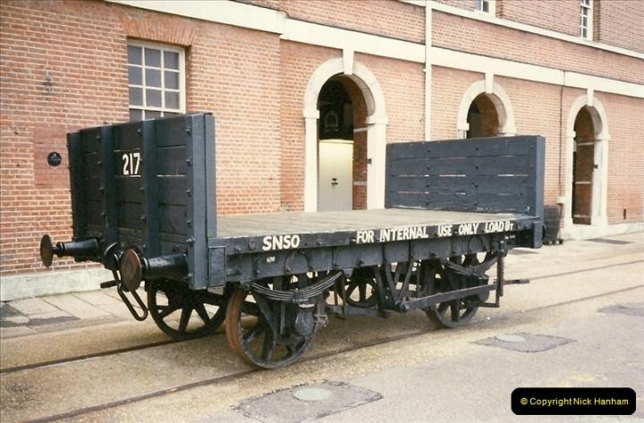 1996-11-02 Portsmouth Dockyard, Portsmouth, Hampshire.  (3)0422