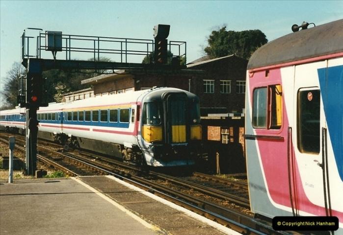 1997-04-07 Southampton, Hampshire.  (111)0710