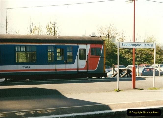 1997-04-07 Southampton, Hampshire.  (82)0681