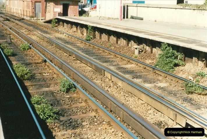 1997-04-07 Southampton, Hampshire.  (83)0682
