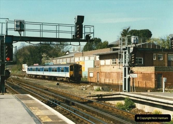 1997-04-07 Southampton, Hampshire.  (94)0693