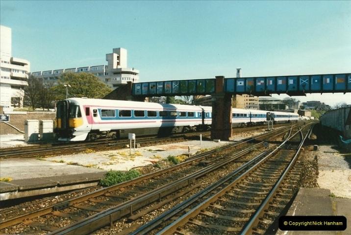 1997-04-07 Southampton, Hampshire.  (95)0694