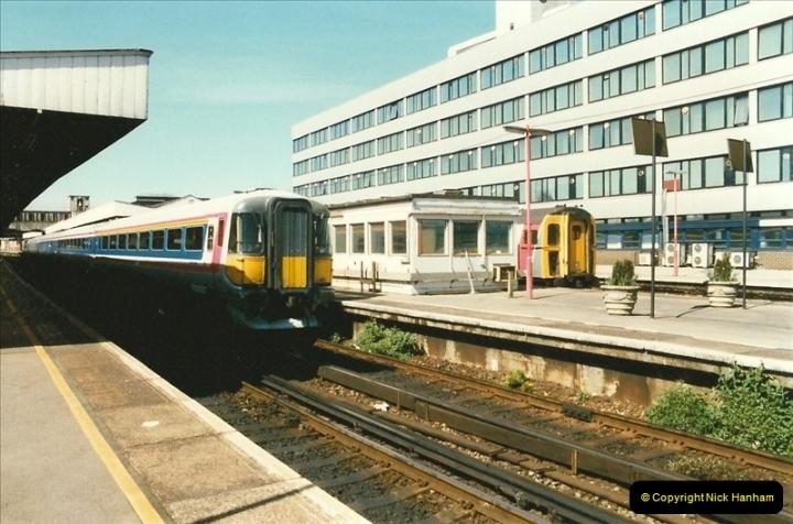 1997-04-07 Southampton, Hampshire.  (96)0695
