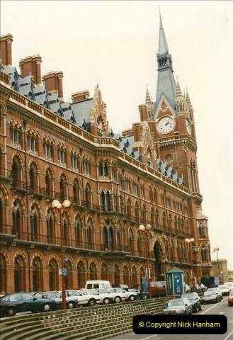 1998-01-06 St. Pancras, London.  (2)012