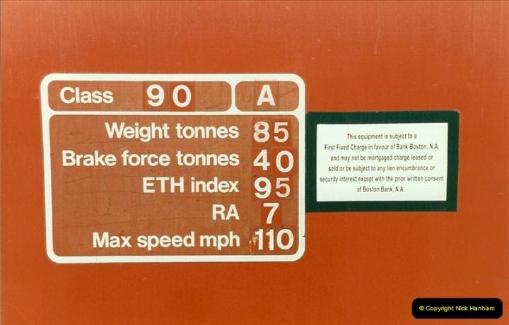 2000-01-14 London.  (26)223