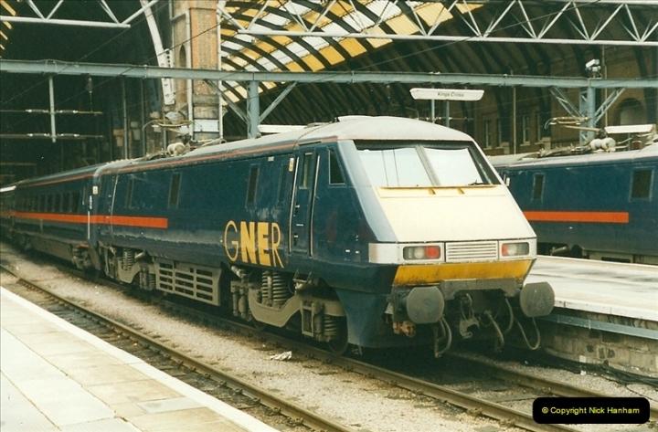 2000-01-14 London. (31)227