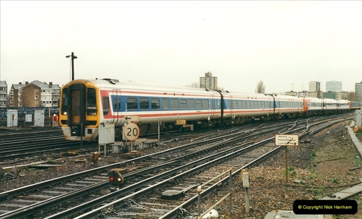 2000-02-08 Clapham Junction, London.  (8)235