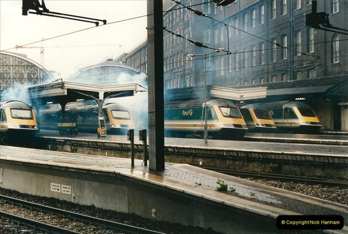 2000-04-04 London stations.  (14)293