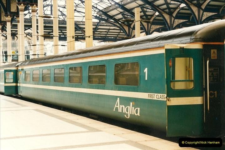 2000-04-04 London stations.  (36)315