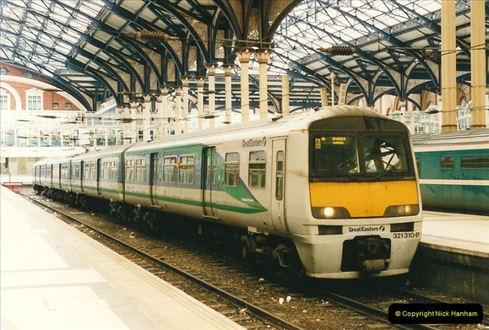 2000-04-04 London stations.  (37)316