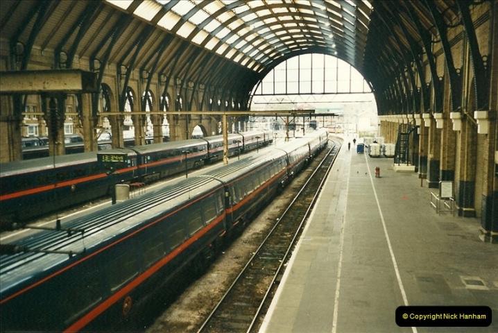 2000-04-04 London stations.  (62)341