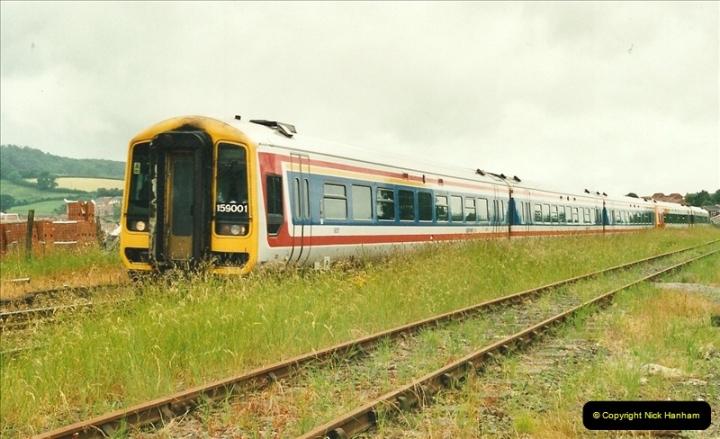 2000-06-21 Honiton, Devon.  (1)427