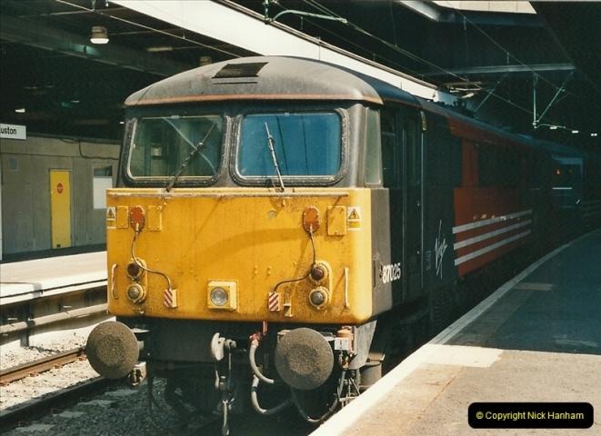 2000-07-22 to 23 London Euston.  (23)  487