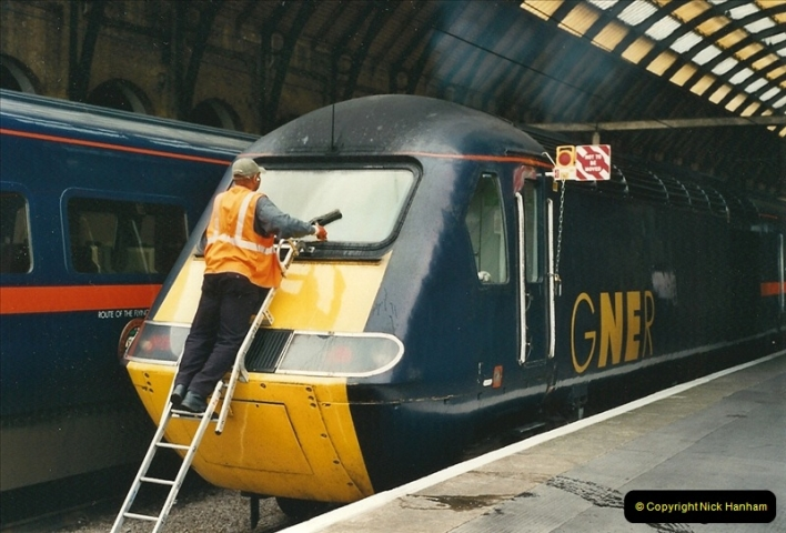 2000-07-22 to 23 London Kings Cross.  (11)511