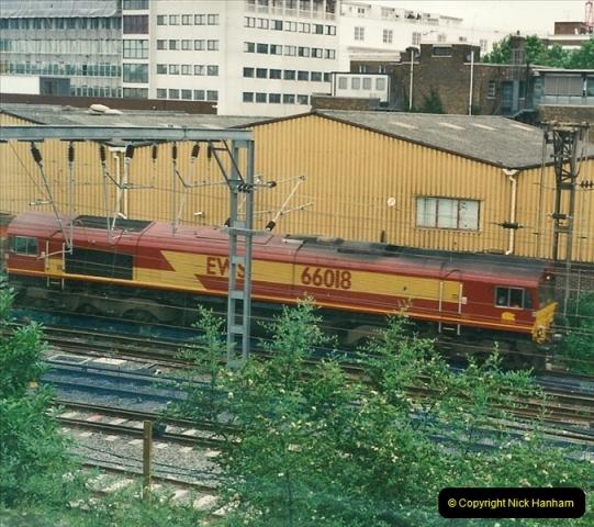 2000-07-23 to 30 West Coast main line @ Camden Town. (7)521