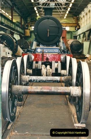 2000-11-08 Swindon Works, Swindon, Wiltshire.  (10)604