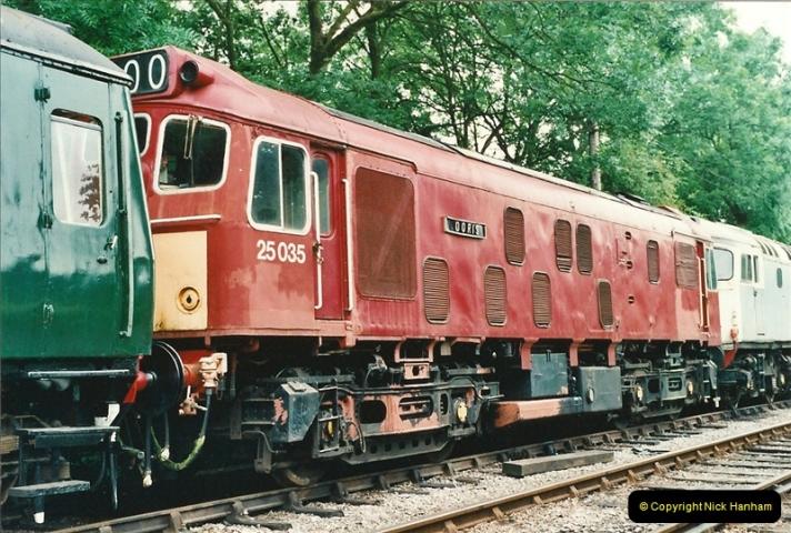 2001-06-17 Northampton & Lamport Railway, Northampton, Northamptonshire.  (13)670