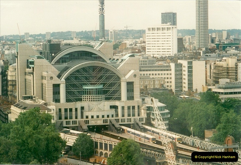 2000-09-12. London Eye.  Charring X.  (3)003