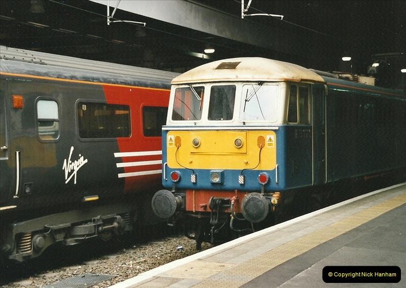 2003-02-21 London Euston.  (1)006