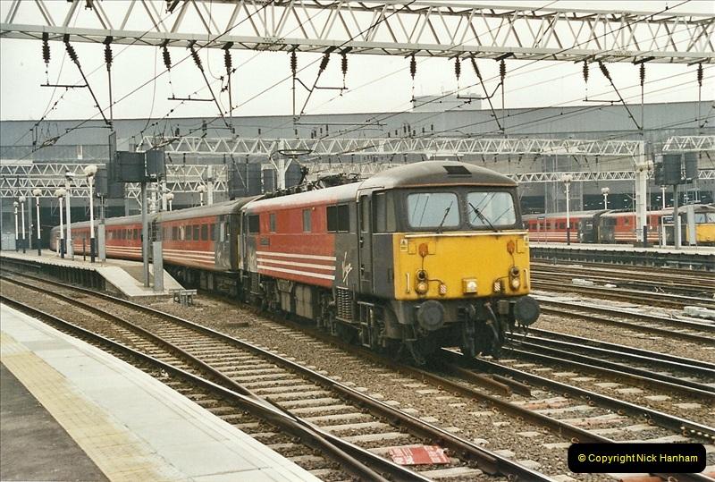 2003-02-21 London Euston.  (11)016