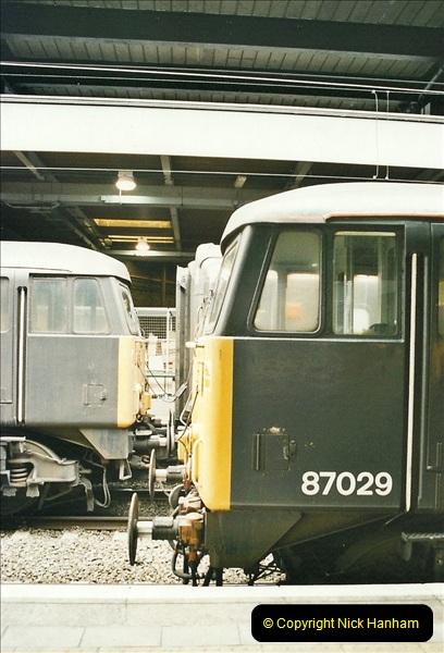 2003-02-21 London Euston.  (17)022
