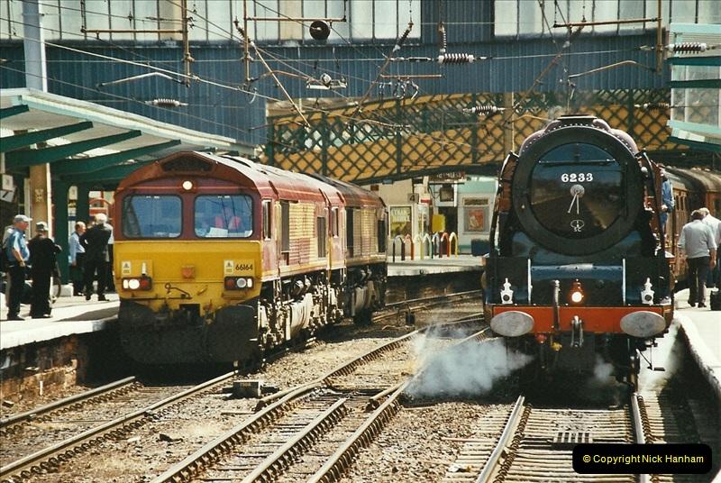 2003-06-14 Northampton-Crewe-Carlisle & Return. The Royal Scott & 6233 Dutchess of Southerland.  (27)147