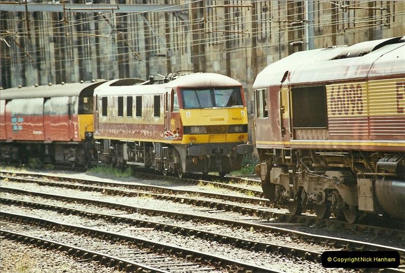 2003-06-14 Northampton-Crewe-Carlisle & Return. The Royal Scott & 6233 Dutchess of Southerland.  (35)155
