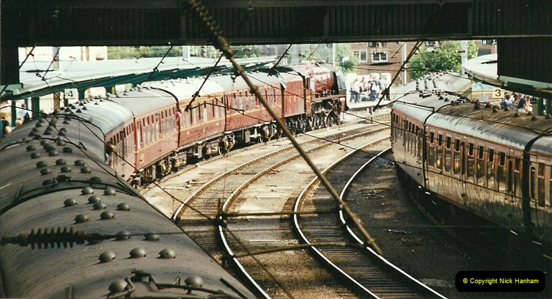 2003-06-14 Northampton-Crewe-Carlisle & Return. The Royal Scptt & 6233 Dutchess of Southerland.  (101)221