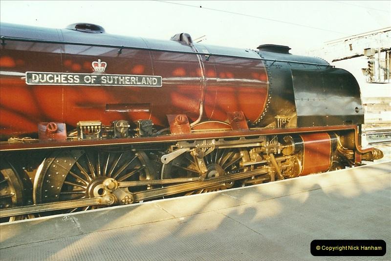 2003-06-14 Northampton-Crewe-Carlisle & Return. The Royal Scptt & 6233 Dutchess of Southerland.  (104)224