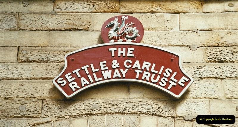 2003-06-14 Northampton-Crewe-Carlisle & Return. The Royal Scptt & 6233 Dutchess of Southerland.  (79)199