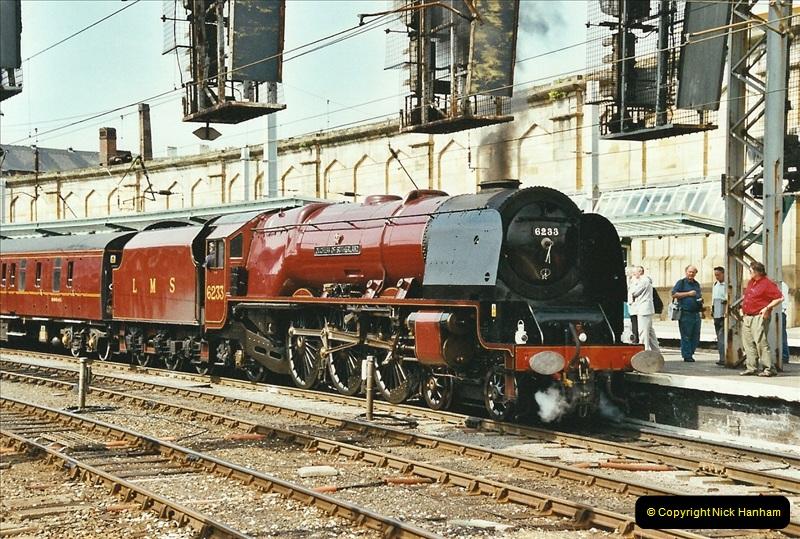 2003-06-14 Northampton-Crewe-Carlisle & Return. The Royal Scptt & 6233 Dutchess of Southerland.  (98)218