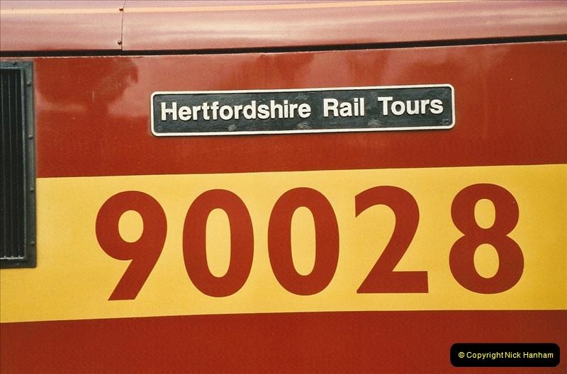 2003-12-05 London Euston.  (9)278
