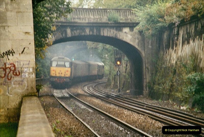2004-09-29 Sydney Gardens, Bath Spa, Somerset.  (3)354