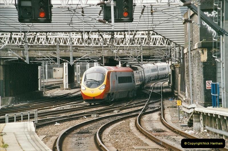 2005-03-10 to 12 London Euston.  (11)408