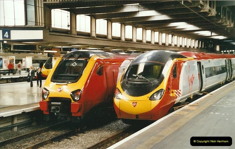2005-03-10 to 12 London Euston.  (2)399