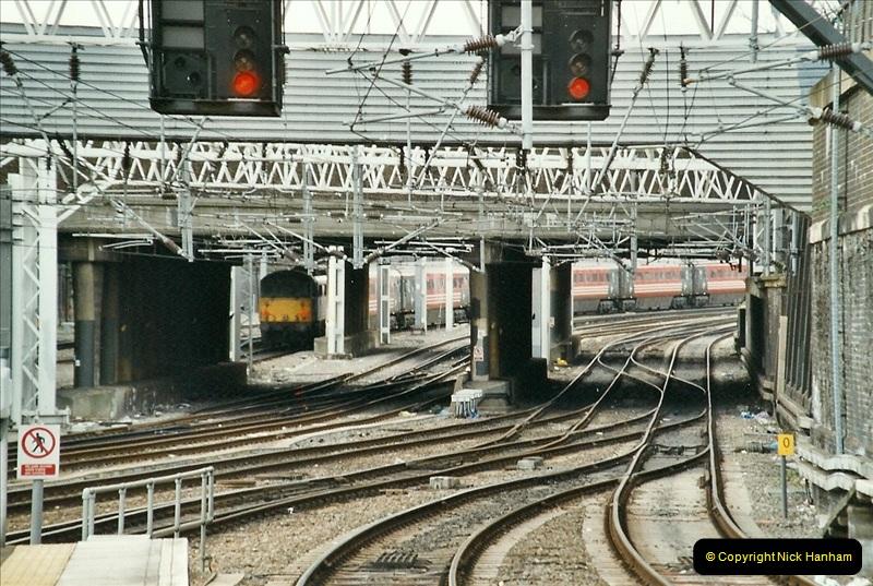 2005-03-10 to 12 London Euston. (30)427
