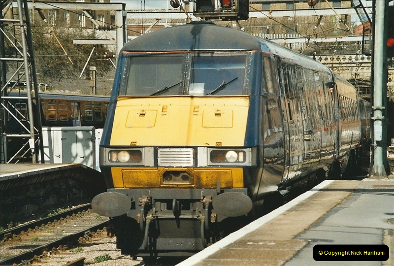 2005-03-10 to 12 London Kinfs Cross.  (16)443