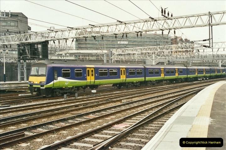 2003-02-21 London Euston.  (12)017