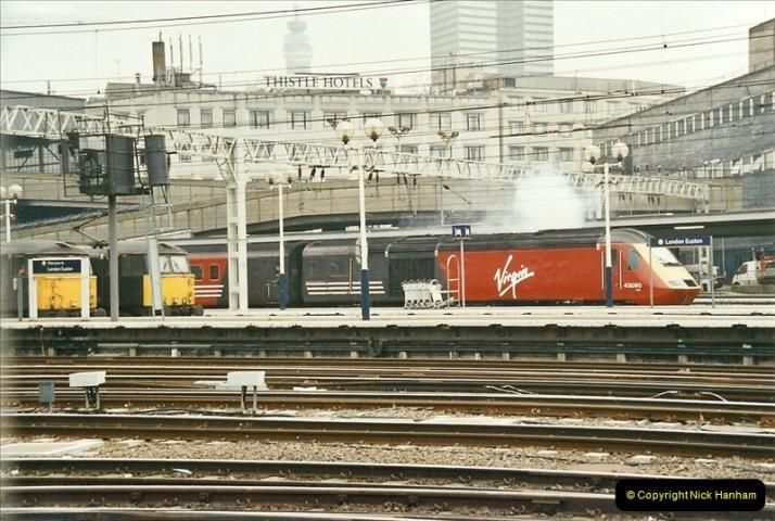 2003-02-21 London Euston.  (14)019