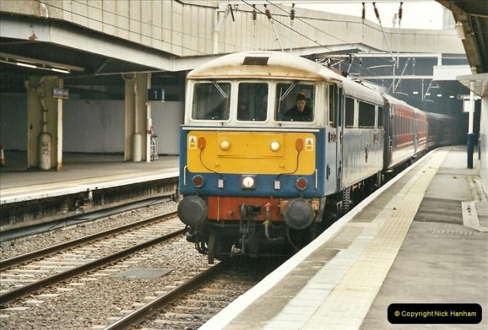 2003-02-21 London Euston.  (5)010