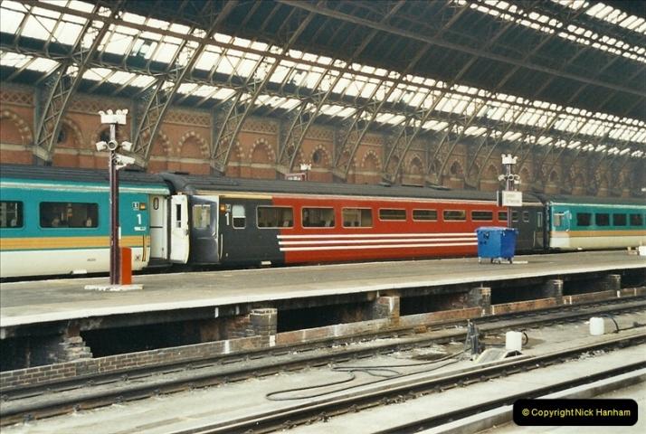 2003-03-28 London St. Pancras.  (4)074