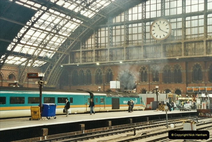 2003-03-28 London St. Pancras.  (5)075