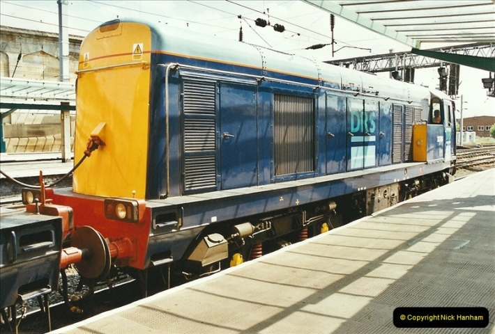 2003-06-14 Northampton-Crewe-Carlisle & Return. The Royal Scott & 6233 Dutchess of Southerland.  (43)163