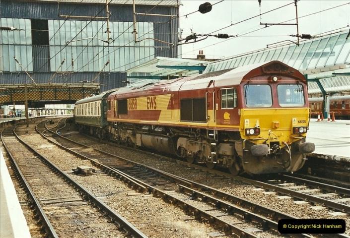 2003-06-14 Northampton-Crewe-Carlisle & Return. The Royal Scott & 6233 Dutchess of Southerland.  (71)191
